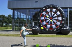 giant-foot-darts-game-rental
